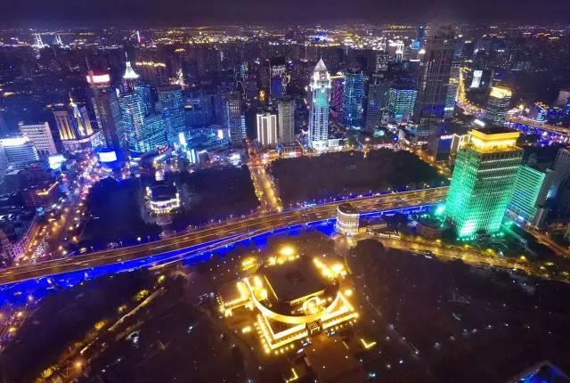 时风吸粪车价格_上海外滩夜景和浦东高楼夜景哪个更值得看?- _汇潮装饰网